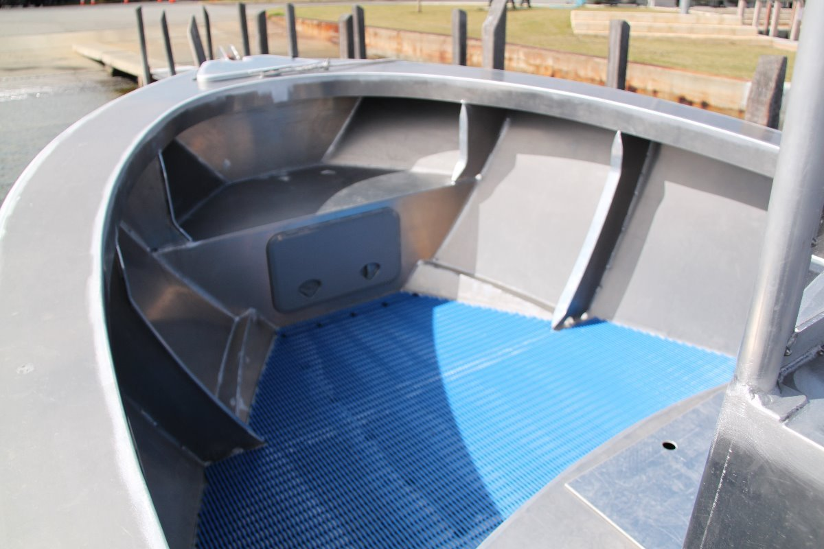 Saltwater Commercial Boats 6.5m Centre Console