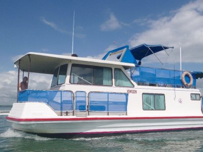 Vickers 33 House Boat