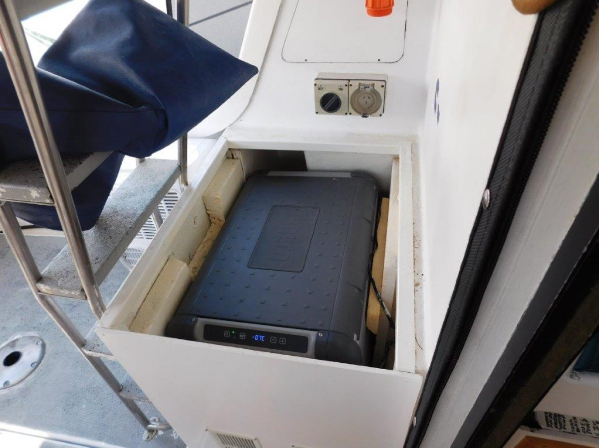 Bruce Roberts Sea Islander 30