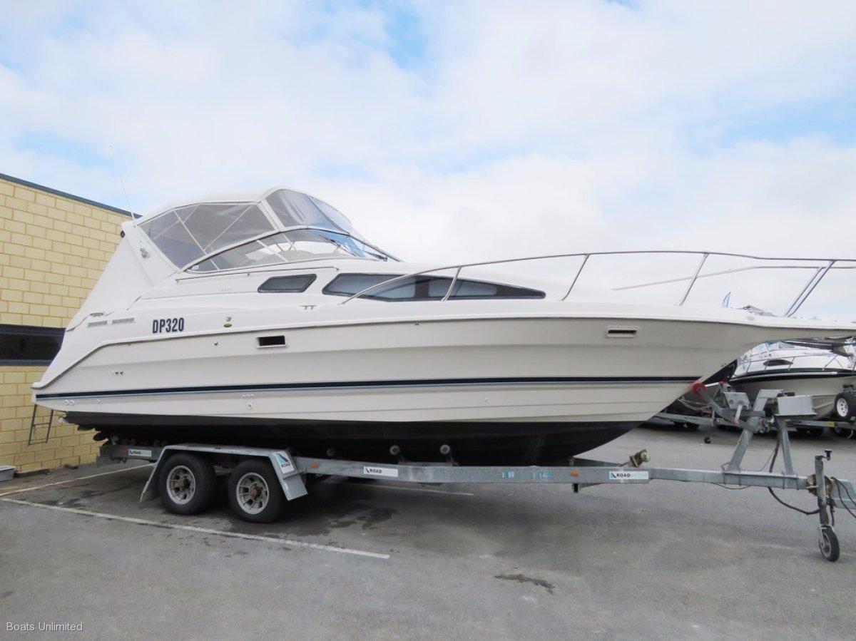 Bayliner 2855 Ciera Sports Cruiser BIG AND ROOMY CABIN LAYOUT SLEEPS 6+