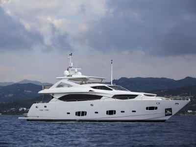 Sunseeker 30m Motor Yacht