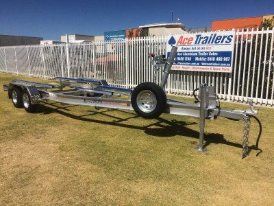 Tandem Axle Aluminium Boat Trailer with Basic Skid Set-up