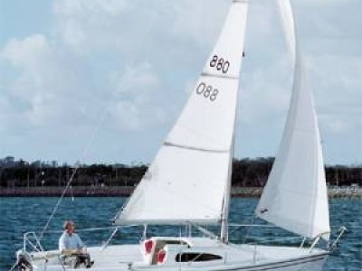New Catalina Capri 22