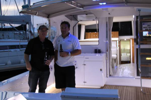 Caribbean 40 Flybridge Cruiser NEW