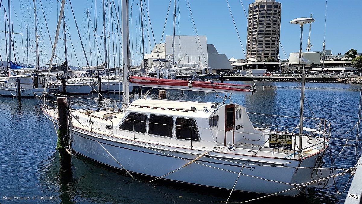 59143 - Kaufman Huon Yachts 36' motorsailer