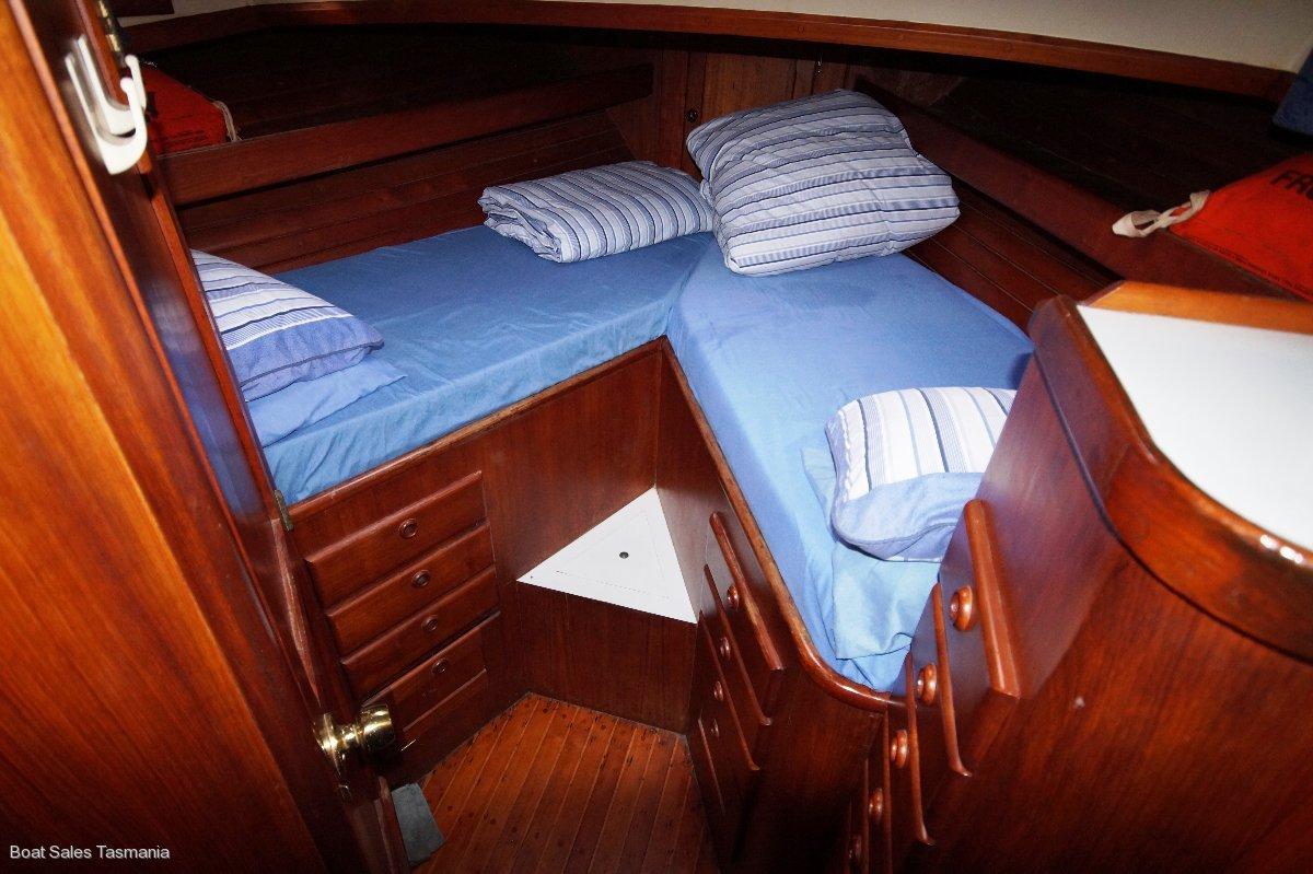 "Bristol 42 Flybridge Cruiser ""Paliana"""