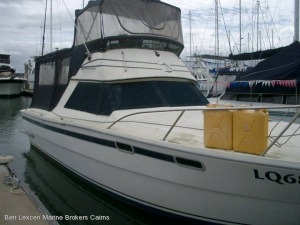 Randall 34' Flybridge Cruiser