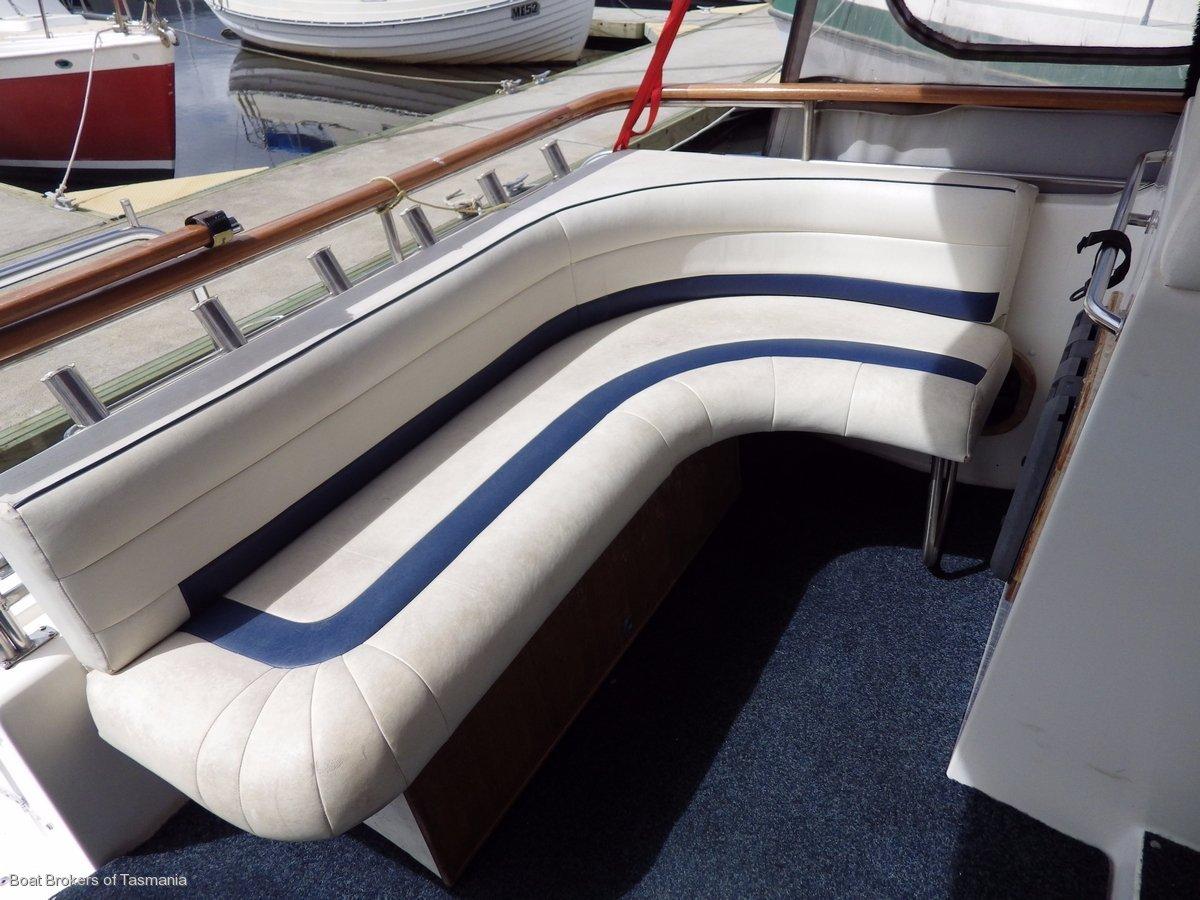Seadancer 36 Sportscruiser