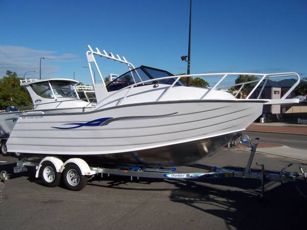 REEF HUNTER BOATS by GOLD STAR