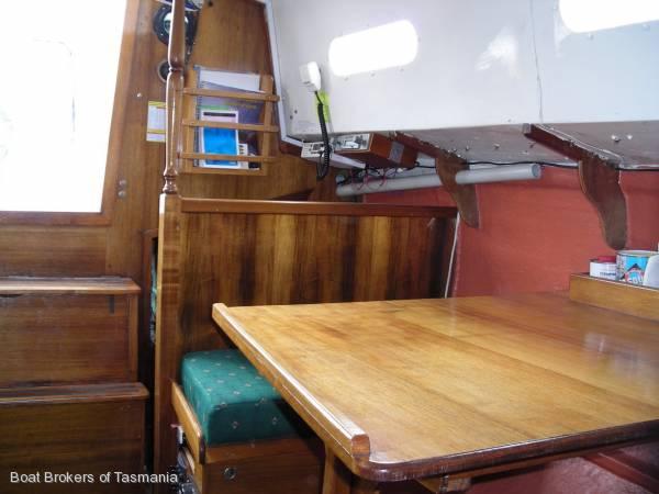 Knoop 27 All Fibreglass Cruising Yacht.