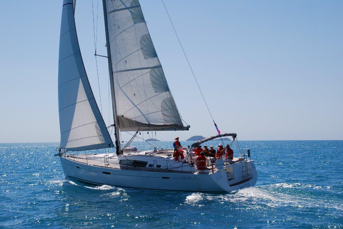 Beneteau Oceanis 50 - Sirocco Blue