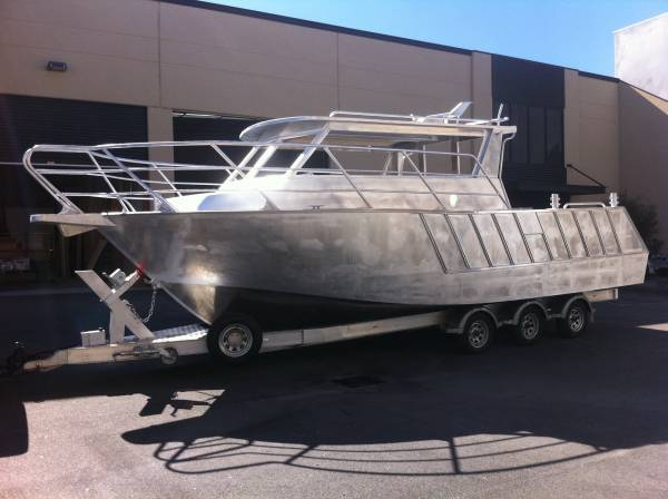 New Razerline 8.7 m Coast Guard