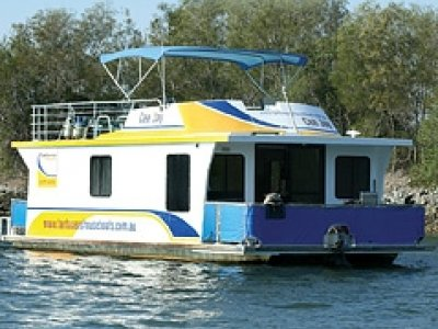 Homecruiser Houseboat 35