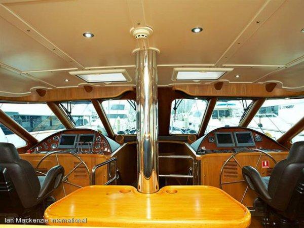 Huntress 94 Deck Saloon Superyacht