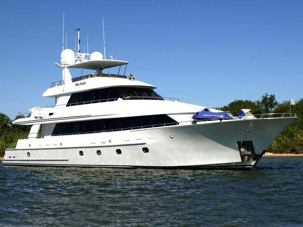 Sovereign 121'