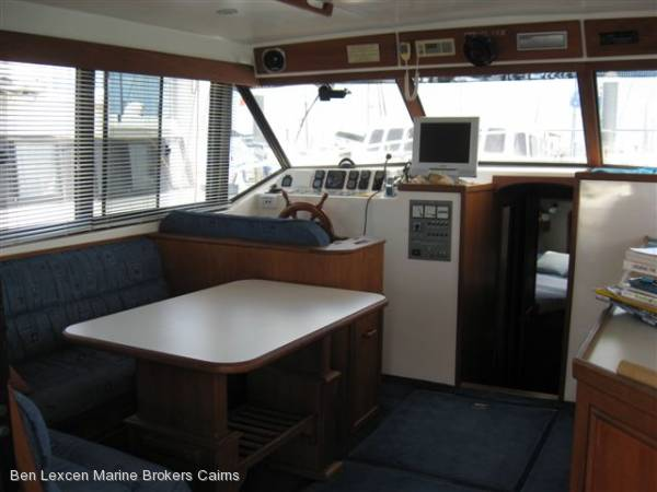 Fairway 36' Flybridge Cruiser