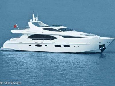 IAG Yachts Electra 100