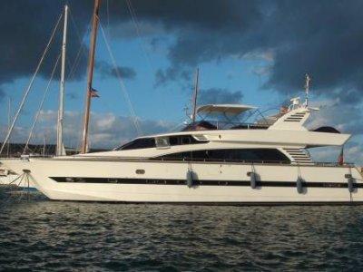 Horizon Yacht 76