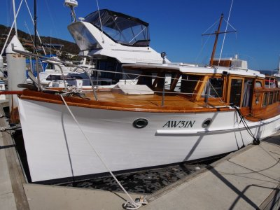 "32' Classic Timber Motor Yacht ""Sea Imp"""