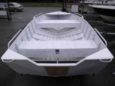 Swanson 42 Mast Head