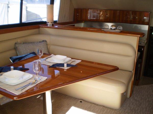 Caribbean 49 Flybridge Cruiser