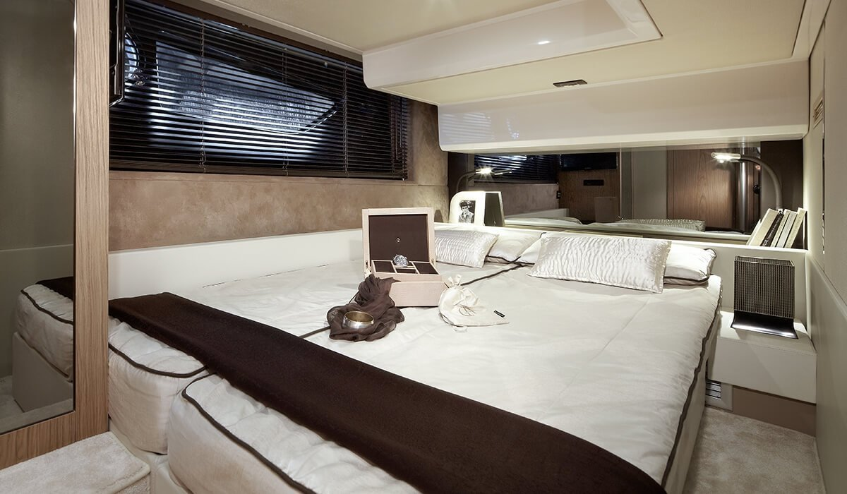 Sessa Flybridge 47