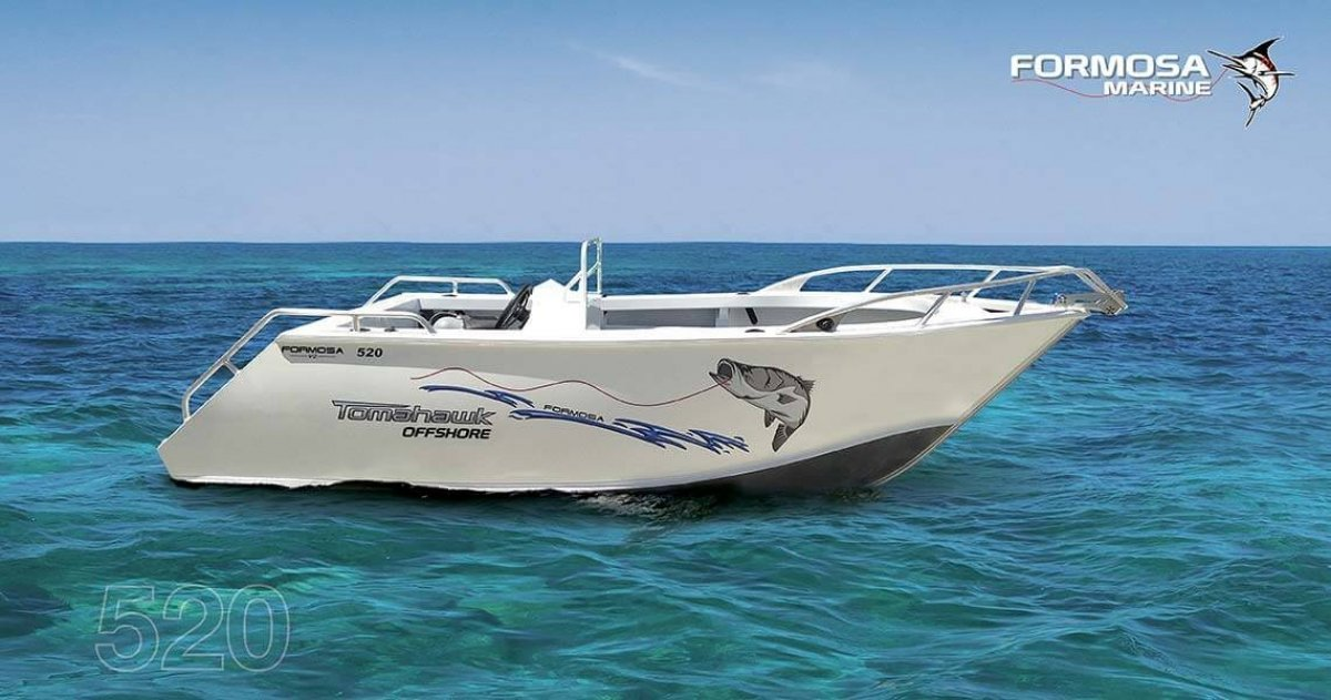 Formosa Tomahawk Offshore 520 Side Console