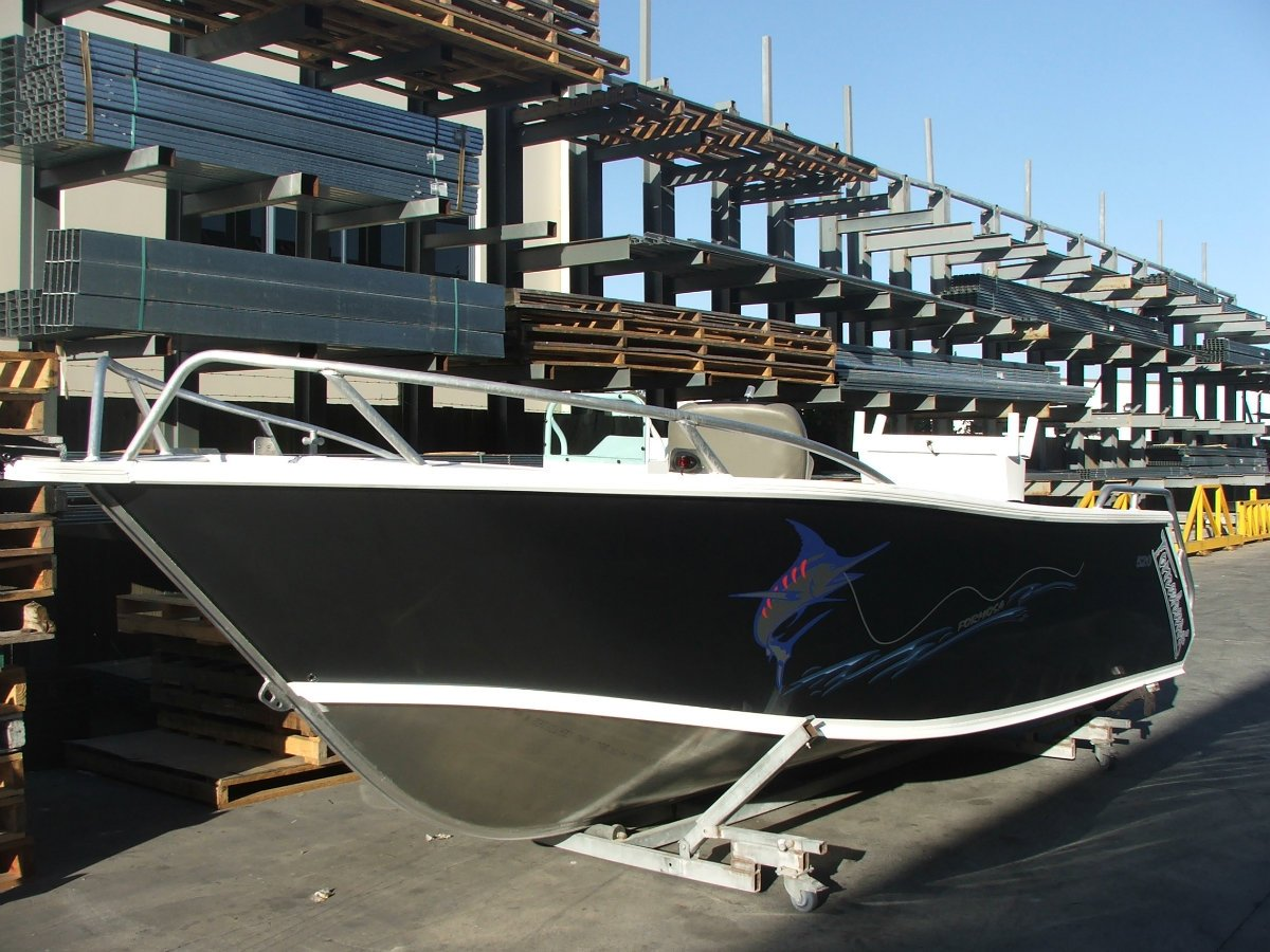 Formosa Tomahawk Offshore 620 Side Console