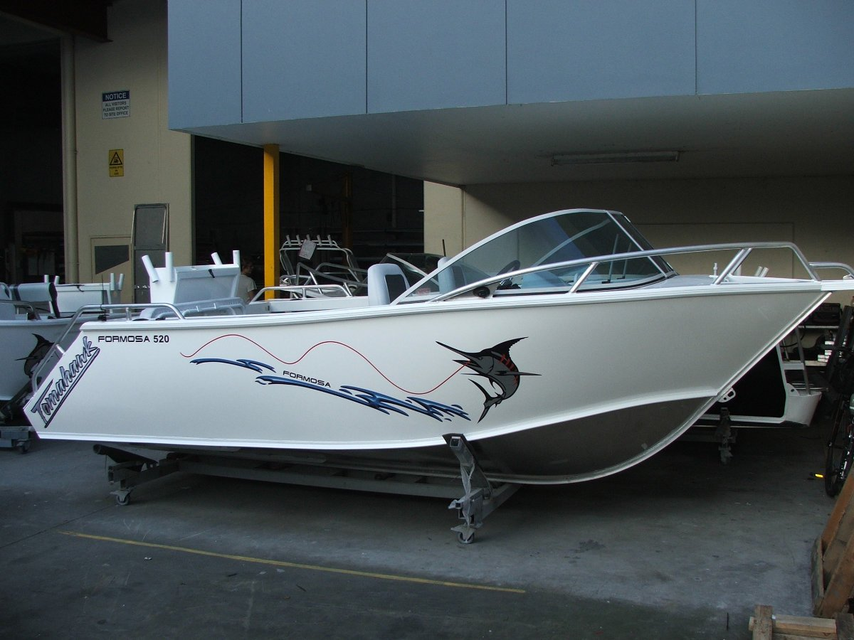 Formosa Tomahawk Offshore 520 Runabout