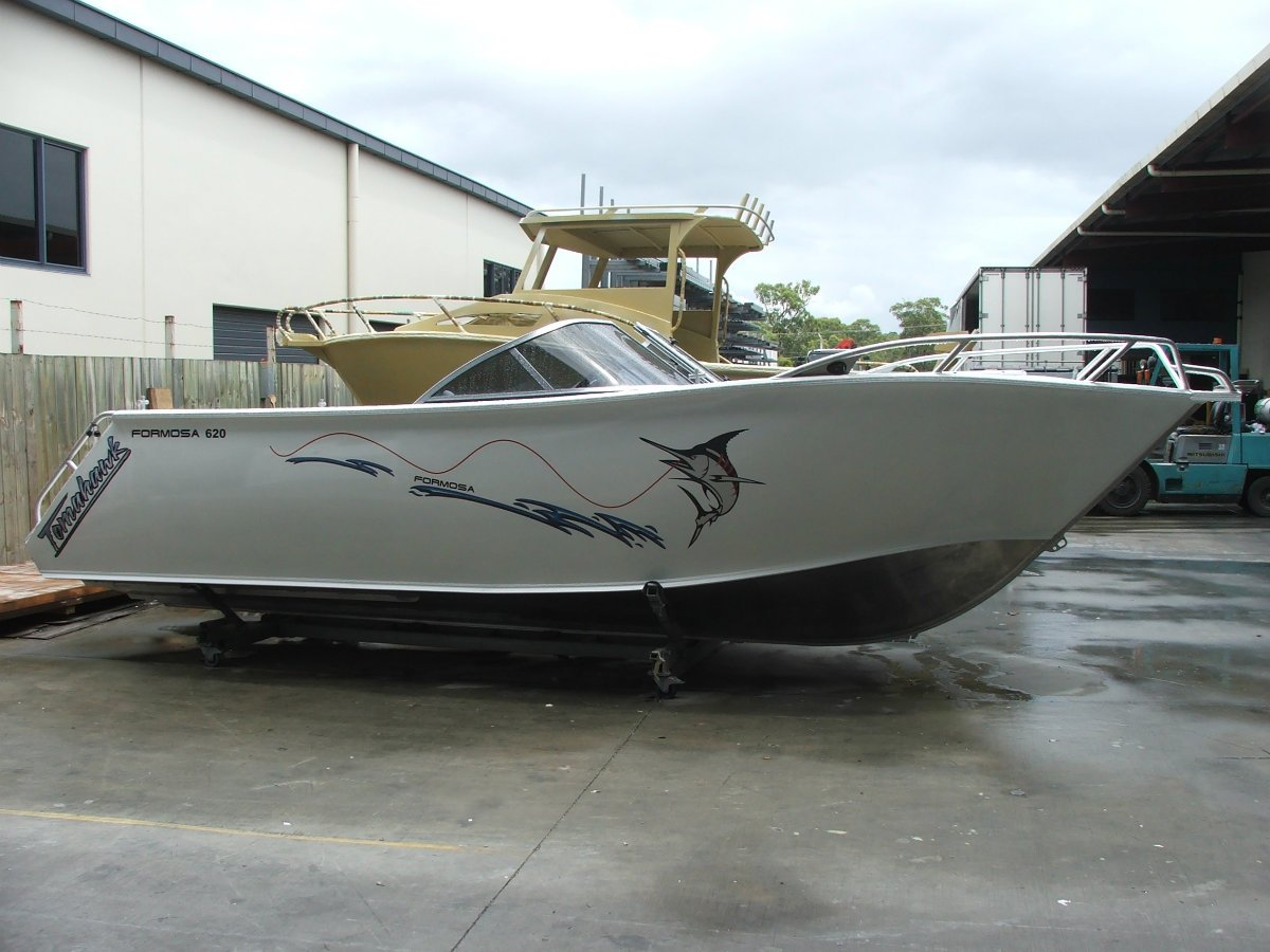 Formosa Tomahawk Offshore 620 Bowrider