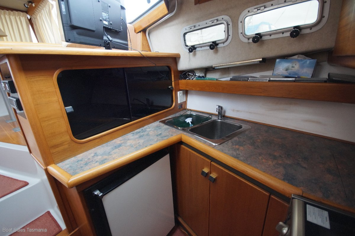 "Bayliner 3270 Fly Bridge Cruiser ""Moonlight"""