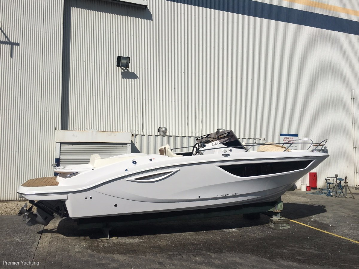Key Largo 27 Inboard