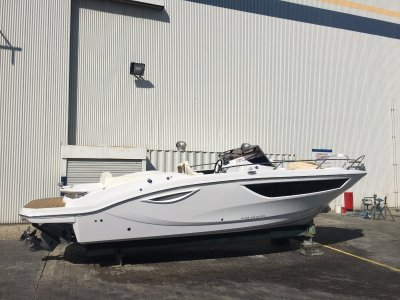 New Key Largo 27 Inboard