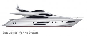 Dominator 720S Flybridge.