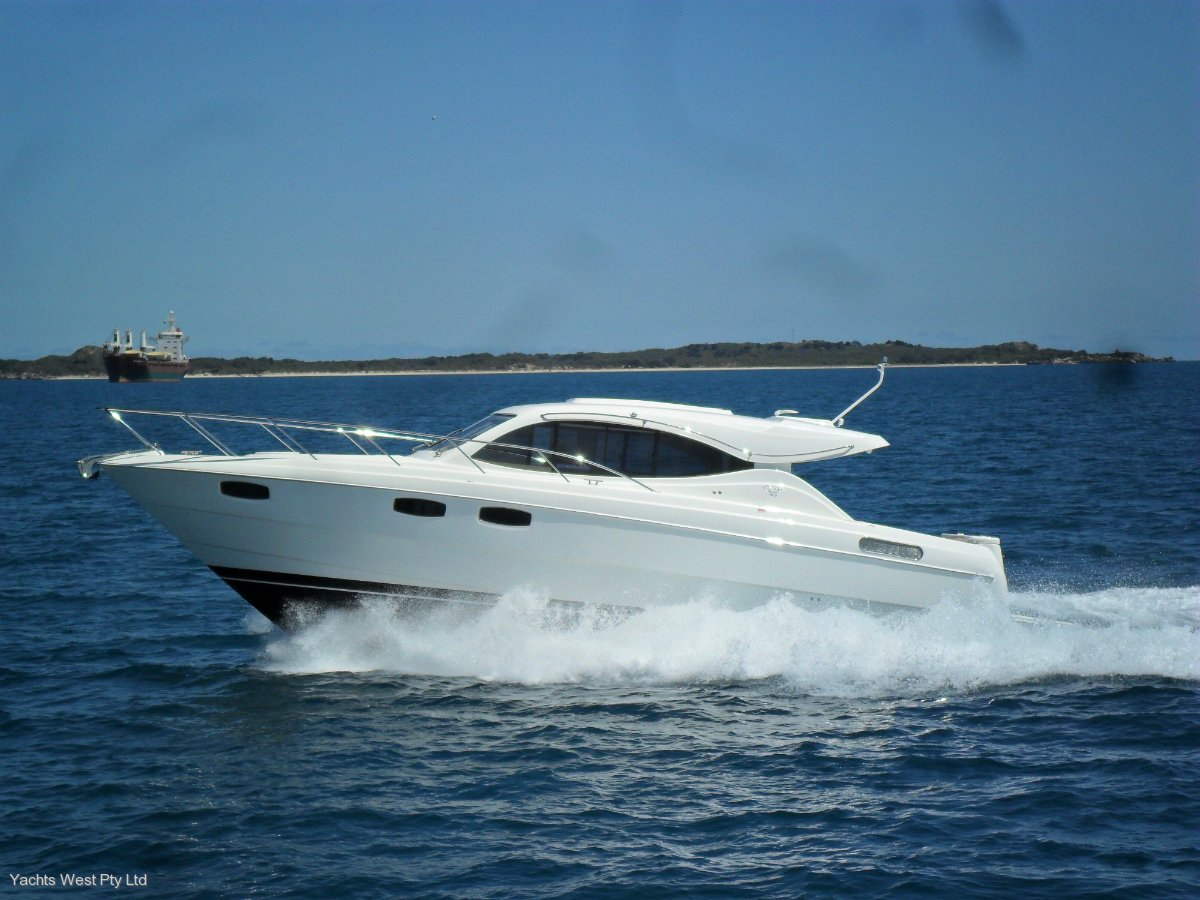 Maritimo S43 Sports Cruiser