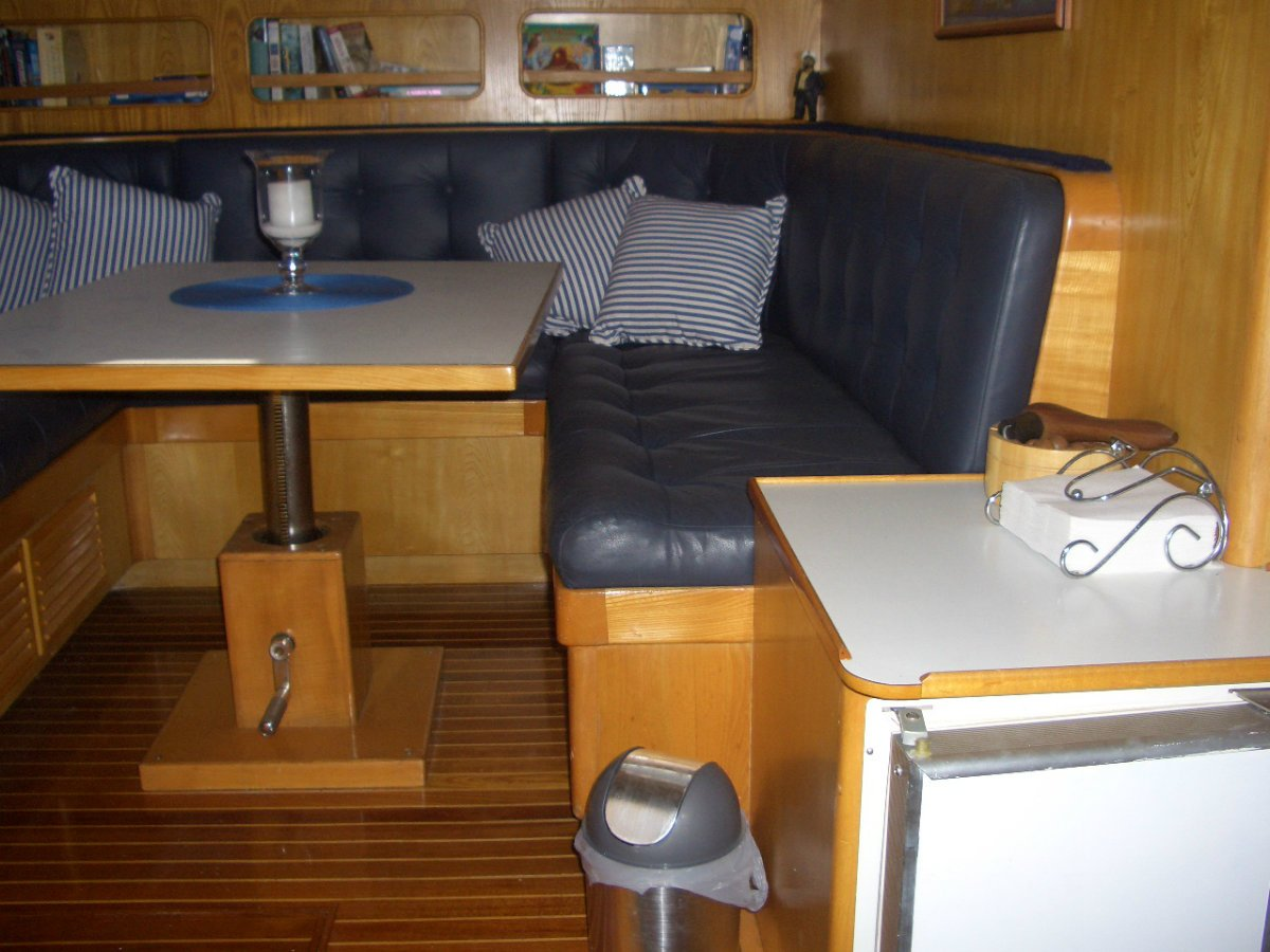 Ranger 52' Flybridge Cruiser
