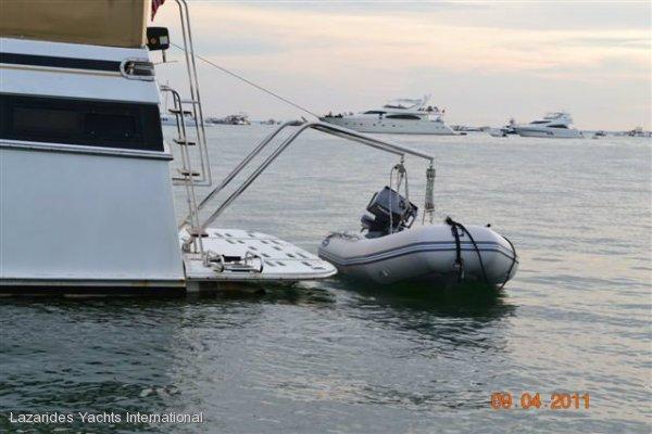 Marine trader 43