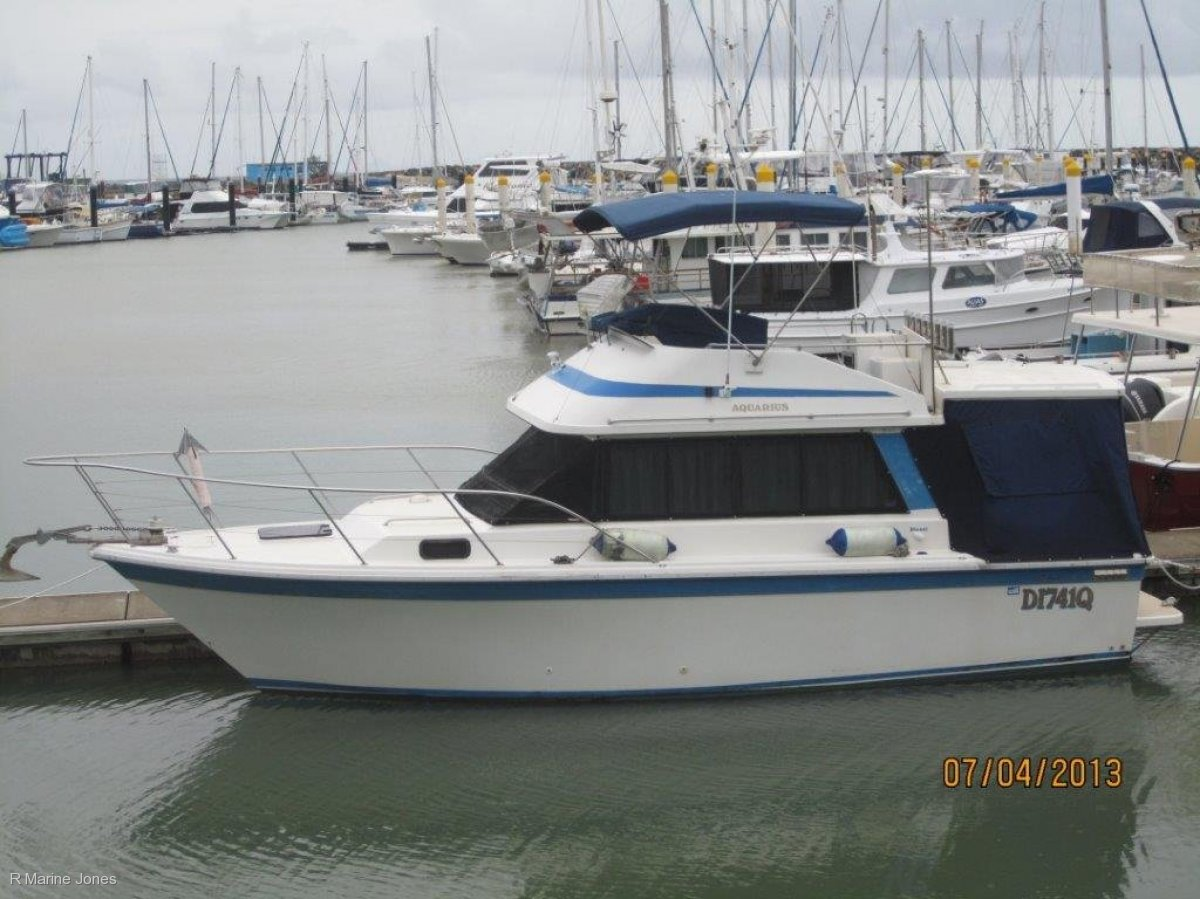 1986 Riviera 30 Open Flybridge