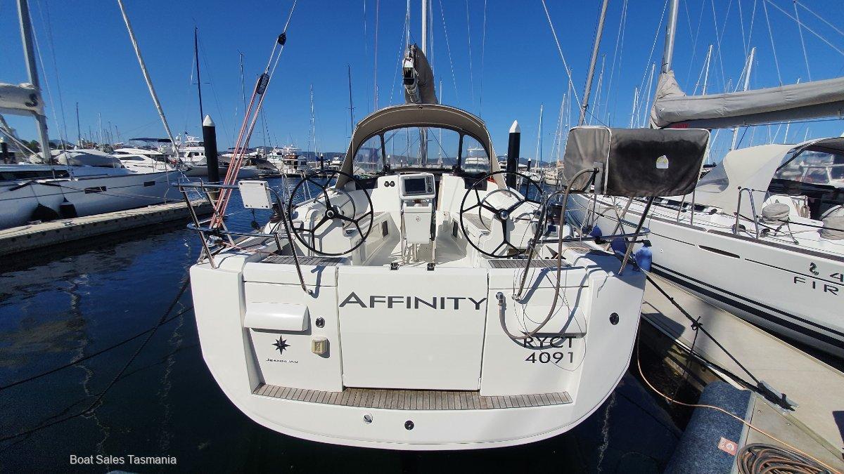 Jeanneau Sun Odyssey 409 'Affinity'