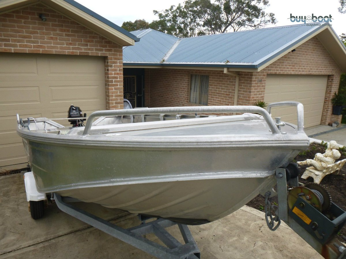 Stacer 420 2 boats plus hire business