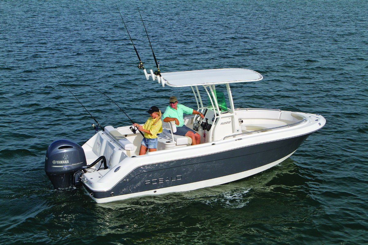 New robalo r222 centre console offshore fishing boat for for Off shore fishing boats