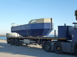 8.09m Road Transportable Multi-purpose Workboat