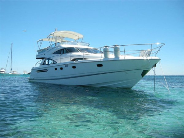 Fairline Squadron 58 - share with Boat Equity