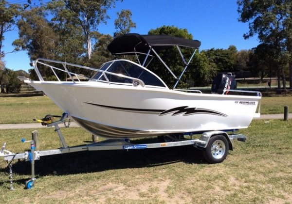 Aquamaster 420 Runabout