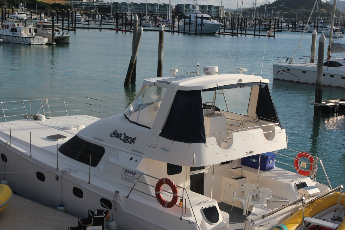 Conquest 44 Power Catamaran