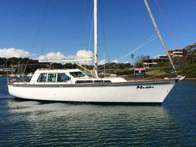 Zeston 40 Pilot House Yacht