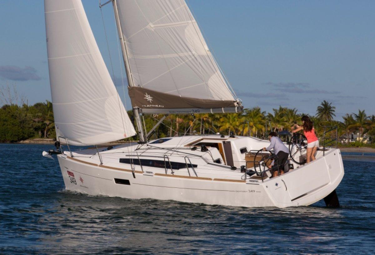 New Jeanneau Sun Odyssey 349: Sailing Boats | Boats Online ...