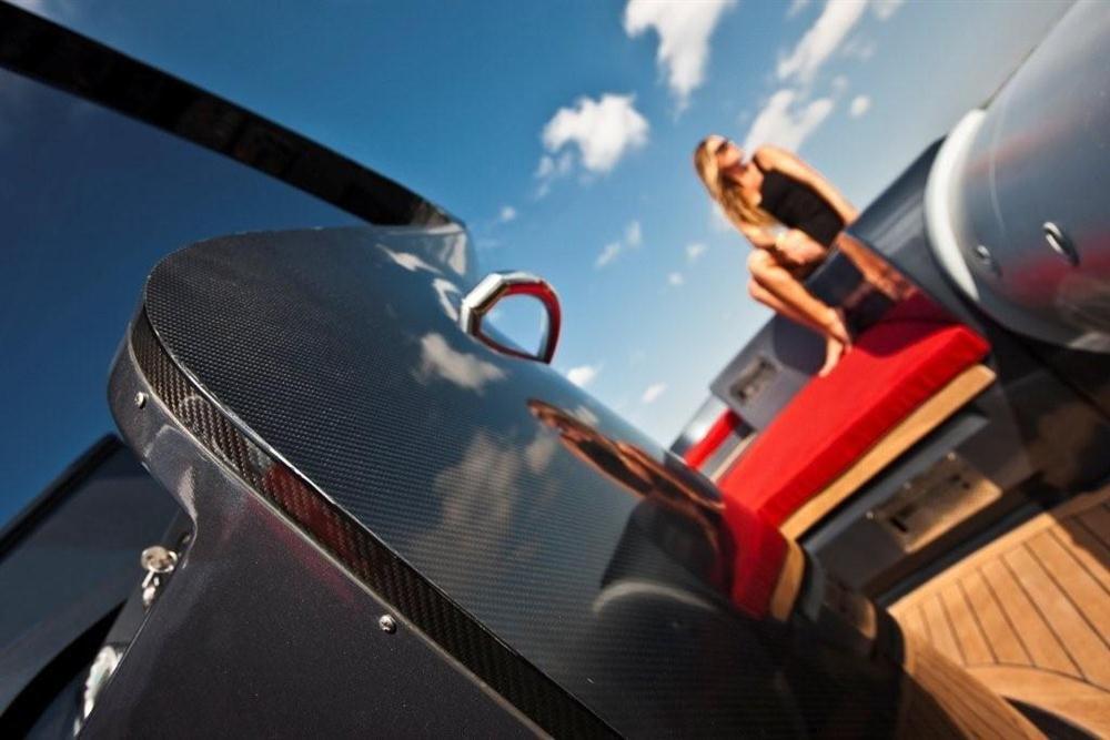 Pirelli Pzero PZero 1400 Carbon Edition