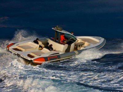Pirelli Pzero PZero 1400 Yacht Edition