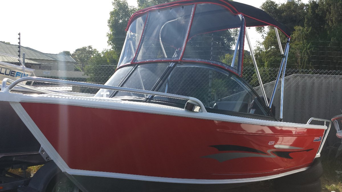 BROOKER 420R RUNABOUT